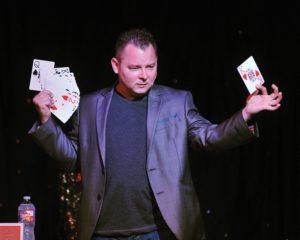 Scott Davis master magician/comedian